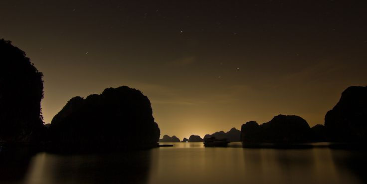Halong Bay, Vietnam. www.samstrattonphotography.com