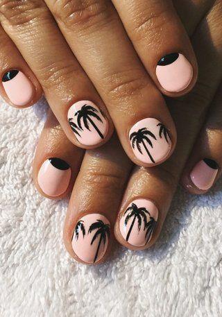 Nail Art d'été à motifs palmiers