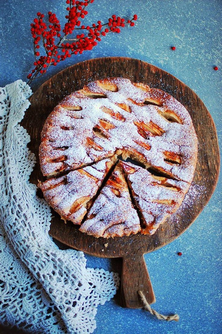 Asia's White Kitchen: Biszkopt piernikowy z jabłkami