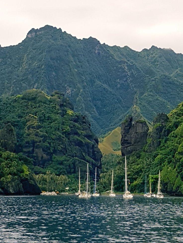 Fransız Polinezyası'nın ulaşması en zor adası Fatu Hiva; yavaşlığı ve izole haliyle dünyanın durduğu yerlerden biri olarak biliniyor.