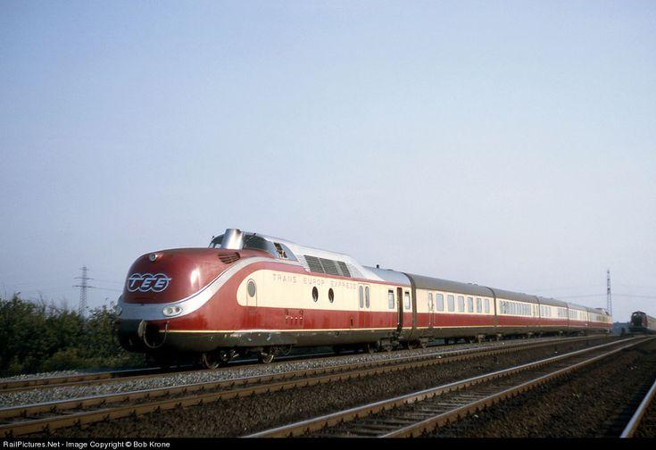 RailPictures.Net Photo: Deutsche Bundesbahn Trans Europe Express at Hamburg, Germany by Bob Krone