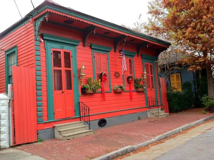 Little Red House With Green Trim Home Design Tiny Home Construction Pinterest Paint