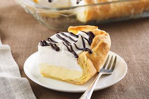 Éclairs faciles - Un superbe dessert, facile à faire avec du pouding instantané à la vanille.