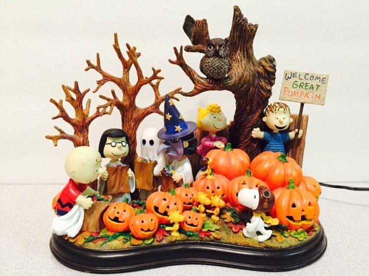 Danbury Mint Welcome Great Pumpkin Peanuts Halloween