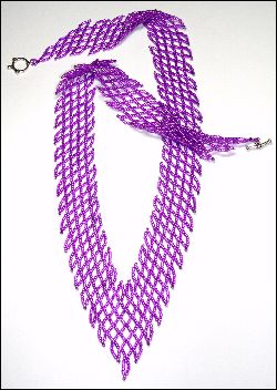 Diagonal V-Net Necklace  - A project from Bead-Patterns the Magazine Issue 40