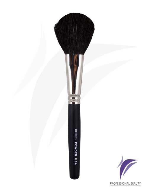 Chisel Powder USA: Es un pincel multiusos para la aplicación de polvos o rubor. Elaborado a mano con materiales de alta calidad, fibras naturales, mango en madera y refuerzo de metal niquelado.