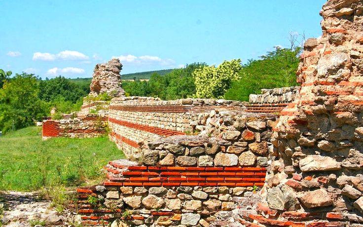 ancient roman walls bulgaria