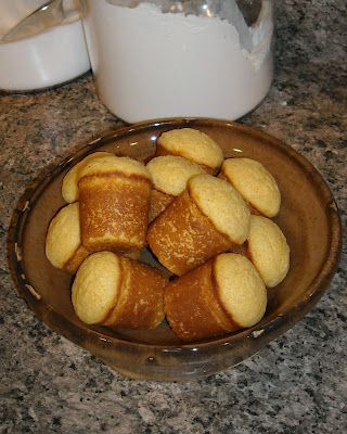 Popcorn Muffins - Universal recipe can be used for DIY corn dogs by omitting 1/2 of Baking Powder and leaving out oil.