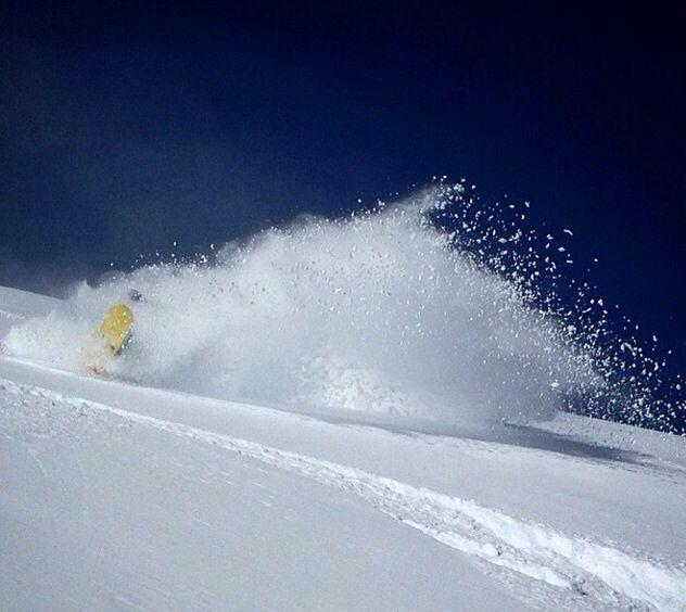 Inicio de temporada  #farellones #chile #outofbound #pow #snowboarding