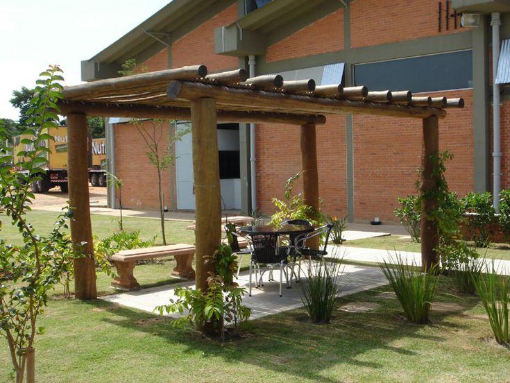 Pergolado, Pérgola e Caramanchão em Eucalipto ou madeira aparelhada - COBRIRE Construções Rústicas