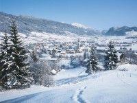 Skigebiet Altenmarkt - Zauchensee - Skiurlaub Silvester Österreich günstig buchen Skiurlaub Altenmarkt/ Zauchensee: Im Salzburger Land gelegen, inmitten des größten Skigebiets Österreichs, bietet Altenmarkt zusammen mit sieben anderen Orten ein riesiges Wintersportgebiet. Auf 860 Höhenmetern liegt dieses Paradies für Anhänger des alpinen Wintersports.