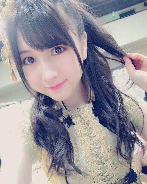 神戸での全国握手会ありがとうございます ライブステージに握手めーっちゃ楽しかったです そして今日の髪型は久しぶりにハーフア... #Team8 #AKB48 #Instagram #InstaUpdate