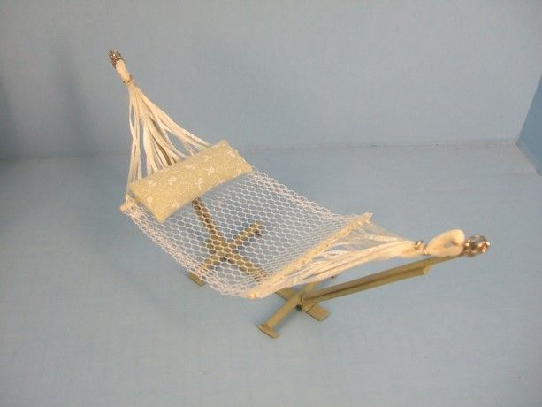 DIY Miniature Fairy Hammock | Crafts Blog