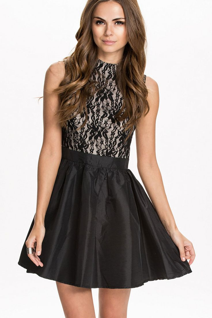 Sexy Date or Party Sleeveless Skater Dress