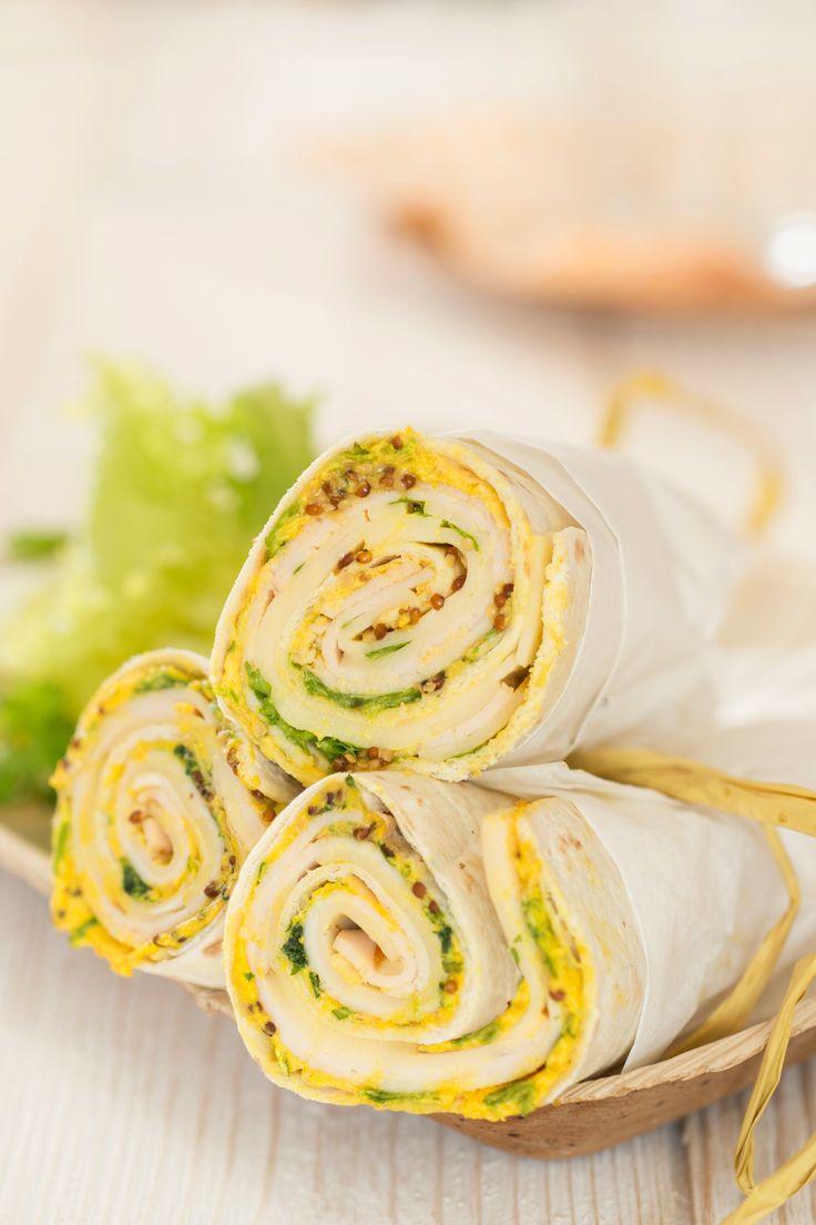Knackig-frisch, herrlich einfach: Puten Wrap mit Fol Epi. Köstliches Fingerfood dank herzhafter Putenbrust, mildem Fol Epi Käse und feinen Gewürzen.
