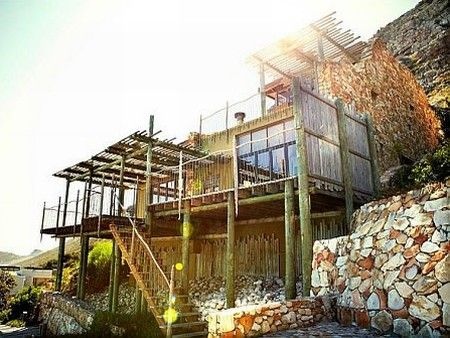 Self catering accommodation, Scarborough, Cape Town  Misty Cliffs House tucked away on the mountain side