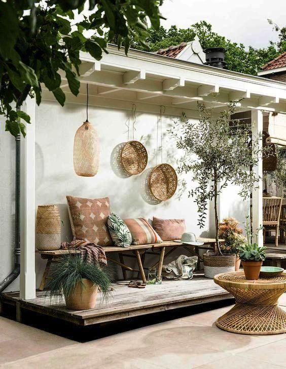 Klein, aber fein | Gestaltungsideen Outdoor Sitzbereich | repinned by @hosenschnecke♡