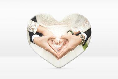Schmücken Sie Kühlschrank und Magnettafel mit selbst bedruckten Foto-Magneten und freuen Sie sich täglich über Ihre liebsten Schnappschüsse von Ihrer Hochzeit.