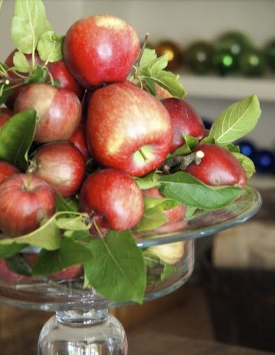 Cottage Life-- Mobile -- Inventive ways to decorate using leftover apples