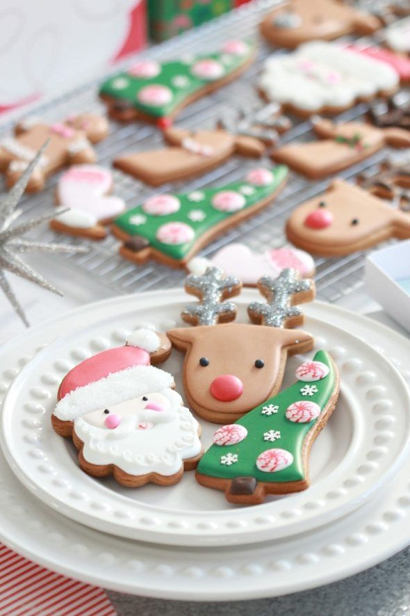 (Video) How to Decorate Christmas Cookies - Simple Designs for Beginners   Sweetopia