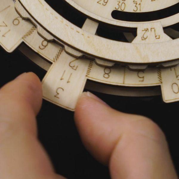 Kreative Diy 3d Perpetual Kalender Holz Mechanische Modell Puzzle Spiel Montage Spielzeug Geschenk Kalender, Planer Und Karten