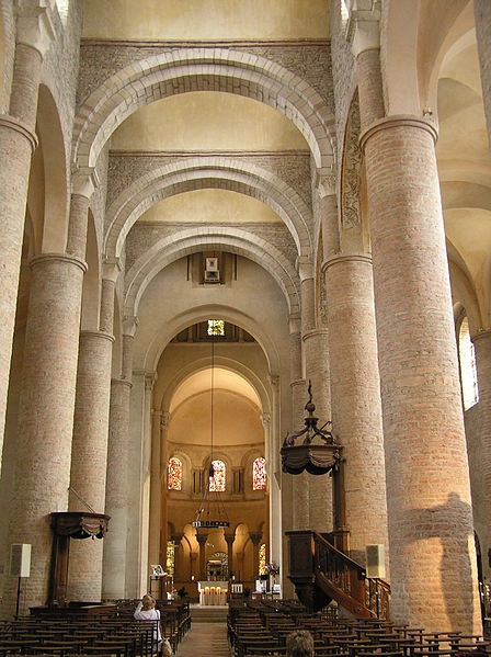 St philibert tournus france 10th to 11th centuries for Architecture byzantine definition
