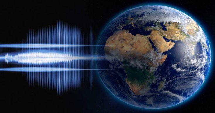 Ученые зафиксировали таинственный «гул Земли», который десятилетиями озадачивал людей по всему миру.