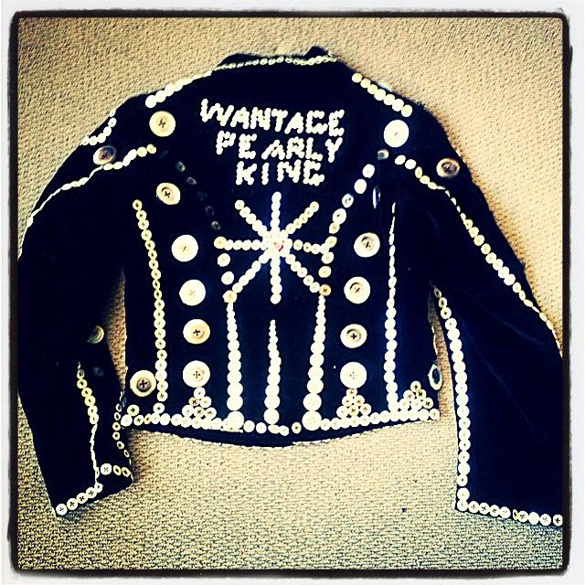 """""""Now that's a Pearly King 1920s/1930s Velvet"""