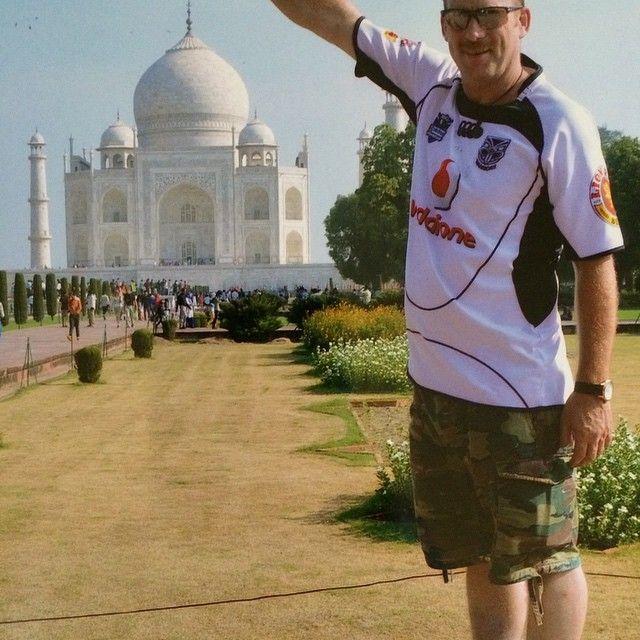 @joe_kiwi repping the Vodafone Warriors at the Taj Mahal in Agra, Uttar Pradesh