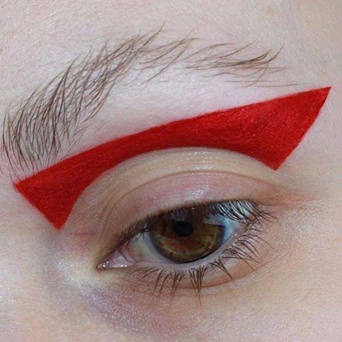 """- Tush Magazine (@tushmagazine)  #redeyeshadow #makeupart #beautyinspo…"""""""