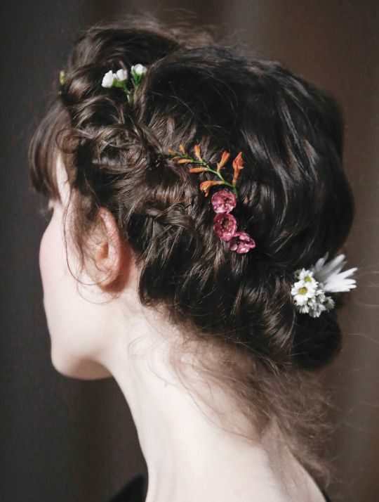 .Valentino Spring 2015 Couture hair details