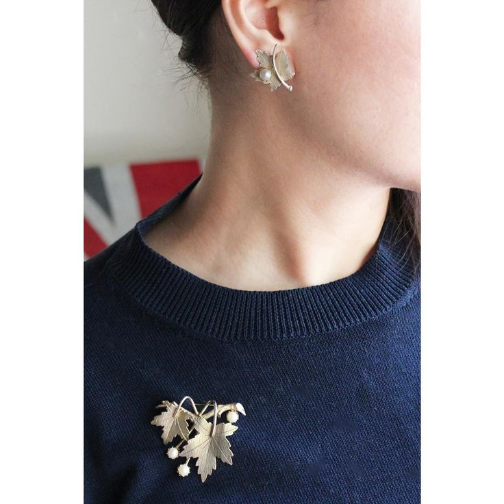 "Vintage ""SARAH COVENTRY"" Jewellery Set (gold) / サラコベントリー・ヴィンテージイヤリング & ブローチ"