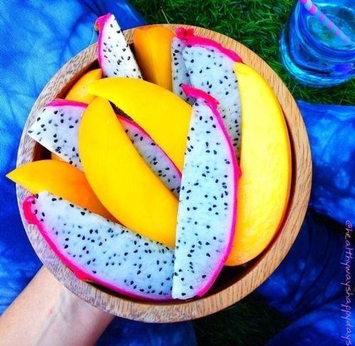 Mango & dragon fruit