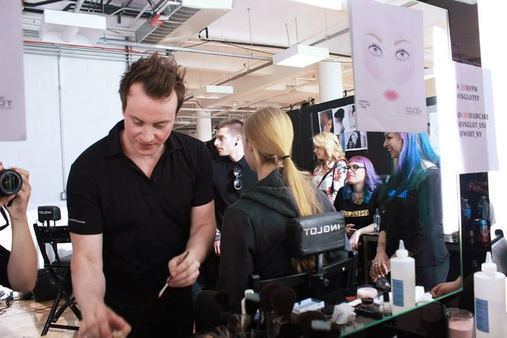 Cantoni at Jerome Studio Inglot, Chelsea Market. Inglot e Yonana Baraschi at Chelsea Market for parade F/W 2014 Jerome Collection. Cantoni chairS104+HR System. #cantonichairs #inglot #yonanabaraschi #chelseamarket #jeromestudioinglot