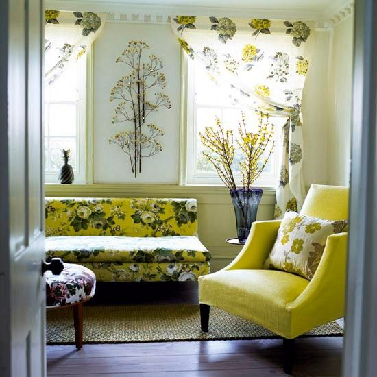 Fifties-style living room | Chair: Fox Linton | Chaise: B Italia | Curtains: Designer's Guild | Paint: Farrow & Ball
