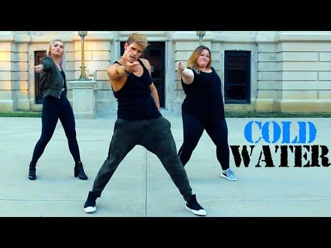"""Stop What You're Doing and Dance to Justin Bieber's """"Cold Water"""" Immediately"""