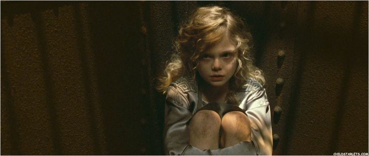 "elle fanning the nut cracker movie photos | The Nutcracker"" - 2009/Blu-Ray"