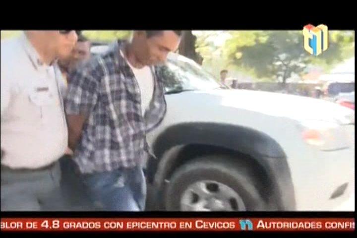 PN Apresan A Hombre Acusado De Matar A Su Esposa Y A Sus Dos Hijastros