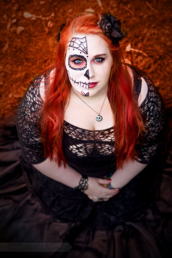https://flic.kr/p/zRx9aN | Sugar Skull Halloween makeup, gothic dress and red hair. <3  by Romina Ronzon https://www.facebook.com/rominaronzon