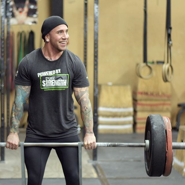 And then theres @rxstove making banded deadlifts look easy peasy with a smile... #crossfit #deadlift #bytowncrossfit #bandeddeadlifts