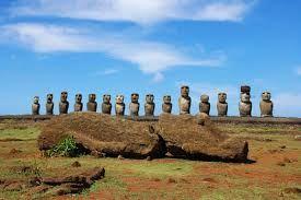 Estatuas Moai de Isla de Pascua,Chile...