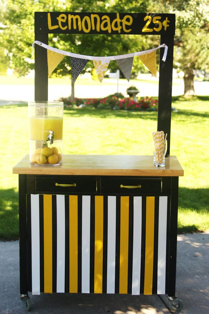 25 best ideas about lemonade stand sign on pinterest for Kids lemonade stand plans