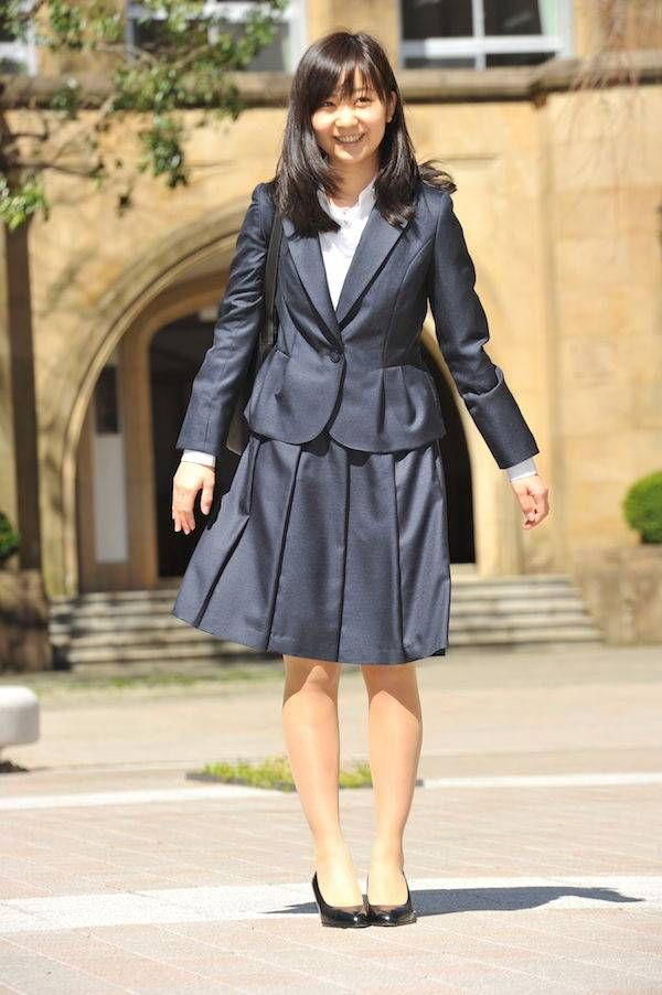 佳子様大学ご入学 アイドル伝説の始まり  皇室の写真