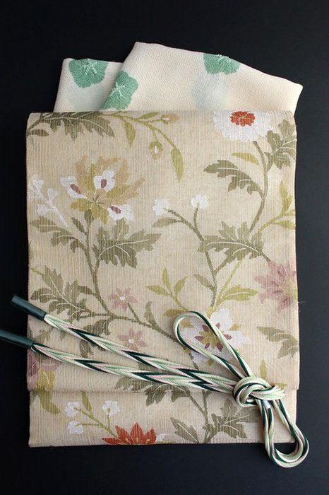 特選金経(きんたて)綴れ袋帯金糸入りつづれ織りフォーマル「花唐草文」超軽量袋帯