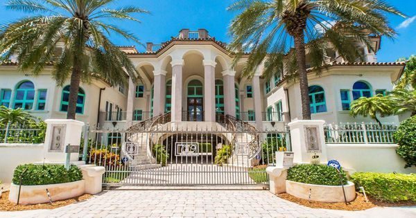Fort Lauderdale Mansion Offers Million Dollar Kitchen And