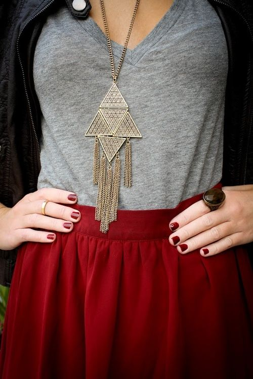 cute simple outfit: grey shirt, jacket and red skirt with statement necklace