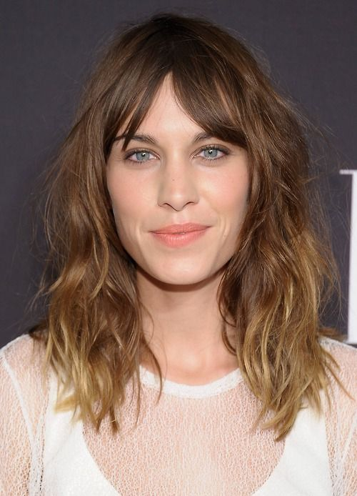 Alexa Chung's hair is sooooo pretty!!!
