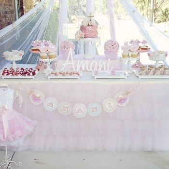Pink tulle ruffle table cloth and skirtBrooke'S Shower, Pink Tulle, Celebrities Ideas, Candies Buffets, Desserts Bar, Parties Ideas, Candies Bar, Desserts Tables, Candies Tables