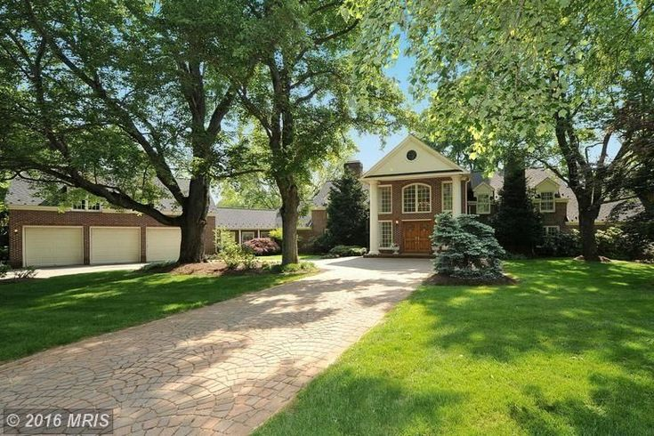 Former Special Federal Prosecutor Ken Starr Renting Out Virginia Home for $8k/Month