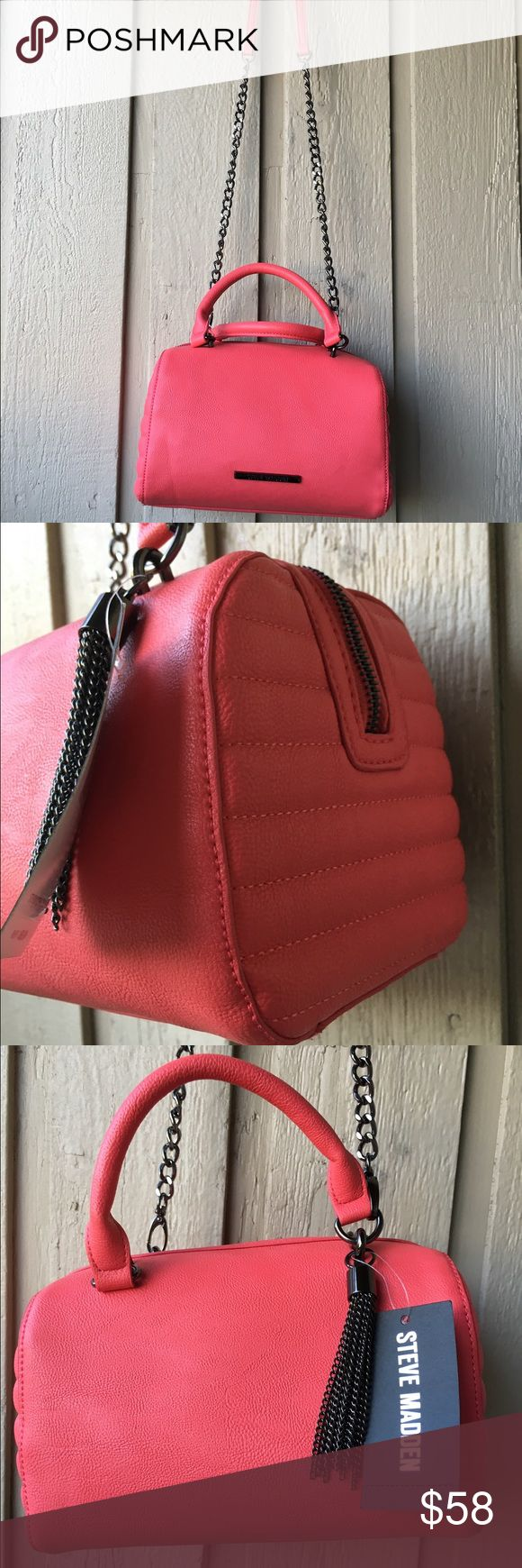 NWT Steve Madden Coral Bchain Crossbody Cute Boston bag in coral color in brand new condition. The chain is in stylish black colour. Steve Madden Bags Crossbody Bags